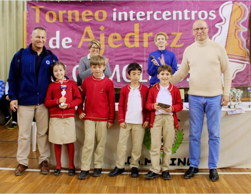 New Castelar College Campeón y subcampeón de Ajedrez